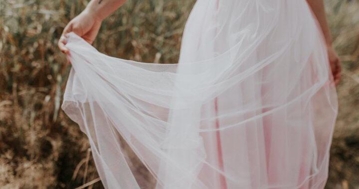 Vestimentas y redención: Dos conceptos íntimamente relacionados en la narrativa bíblica